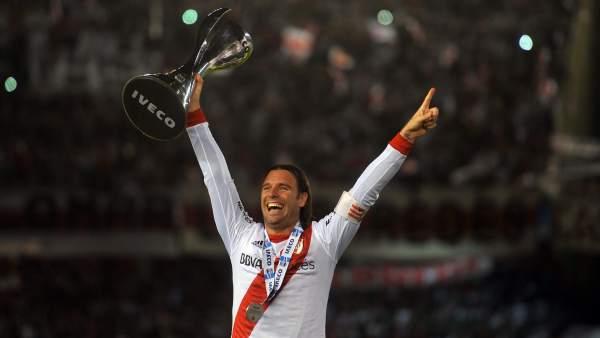 River Plate se corona campeón del fútbol argentino, tres años después del descenso