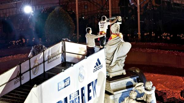 Iker Casillas, capitán del Real Madrid en Cibeles