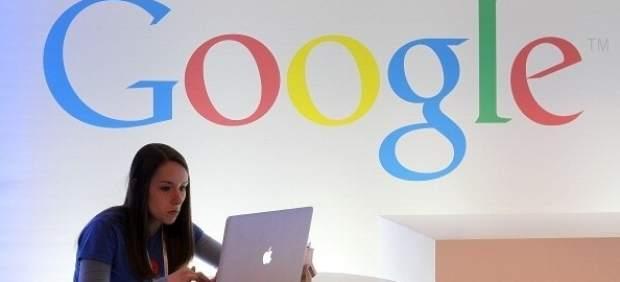 Google recula: no retirará los enlaces de medios británicospor el derecho al olvido