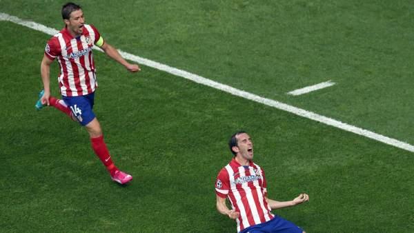 Gol de Godin, que pone por delante al Atlético