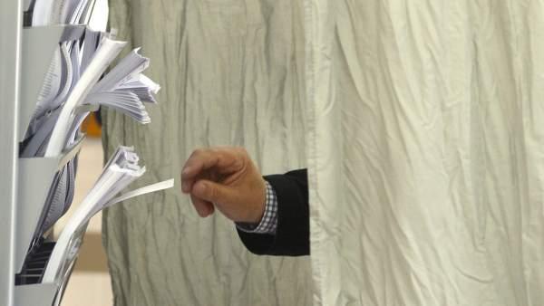 Eligiendo papeletas