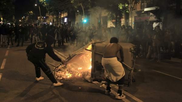 Disturbios en el barrio de Sants