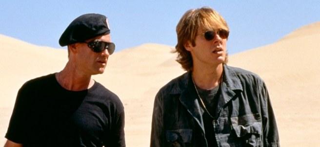 Kurt Russell y James Spader en Stargate