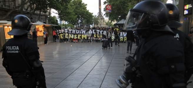 La Policía, en la marcha por Can Vies