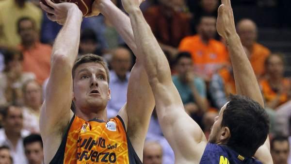 Doellman y Nachbar en el Valencia - Barça.