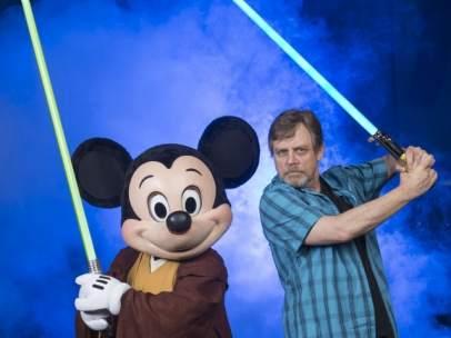 Mark Hamill y Mickey Mouse