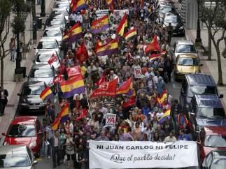 Miles de personas en Oviedo