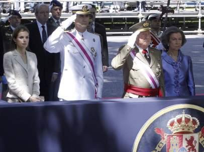 El rey se despide de los ejércitos