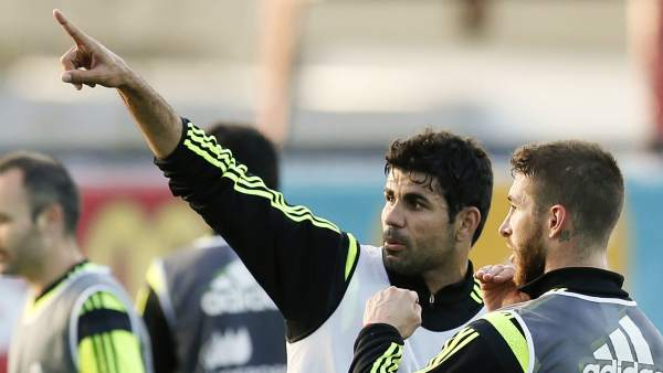 Diego Costa, durante un entrenamiento con la selección española
