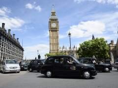 Reino Unido obliga a Uber a reconocer a sus conductores como empleados