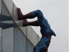 Estatua de Spiderman en Corea.