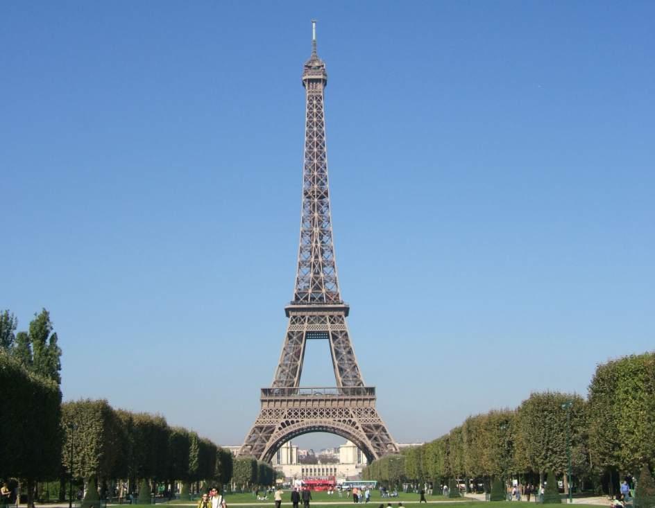 La torre eiffel se apunta a las energ as renovables for Cuando se construyo la torre eiffel