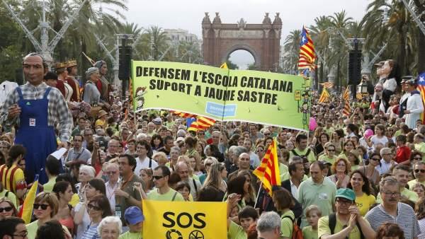 Por una escuela en catalán