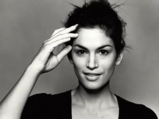 Cindy Crawford, Italian Vogue, London, 1996