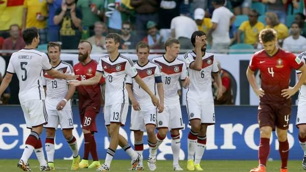 Gol de Alemania a Portugal