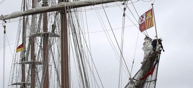 Detenidos dos tripulantes más del buque Juan Sebastián Elcano por supuesto tráfico de drogas