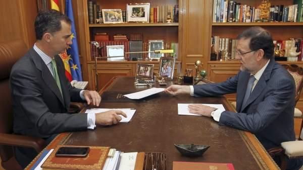 Primer despacho del rey con Rajoy