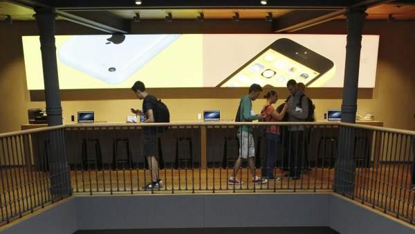 Apple Store en la Puerta del Sol