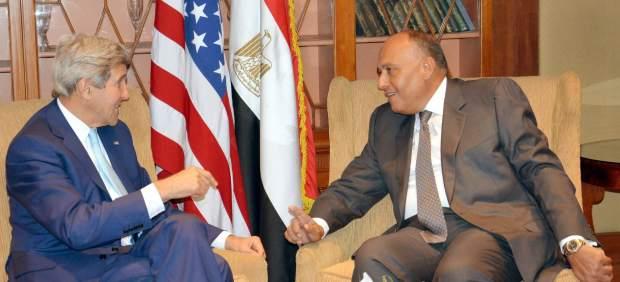 Kerry, en Egipto