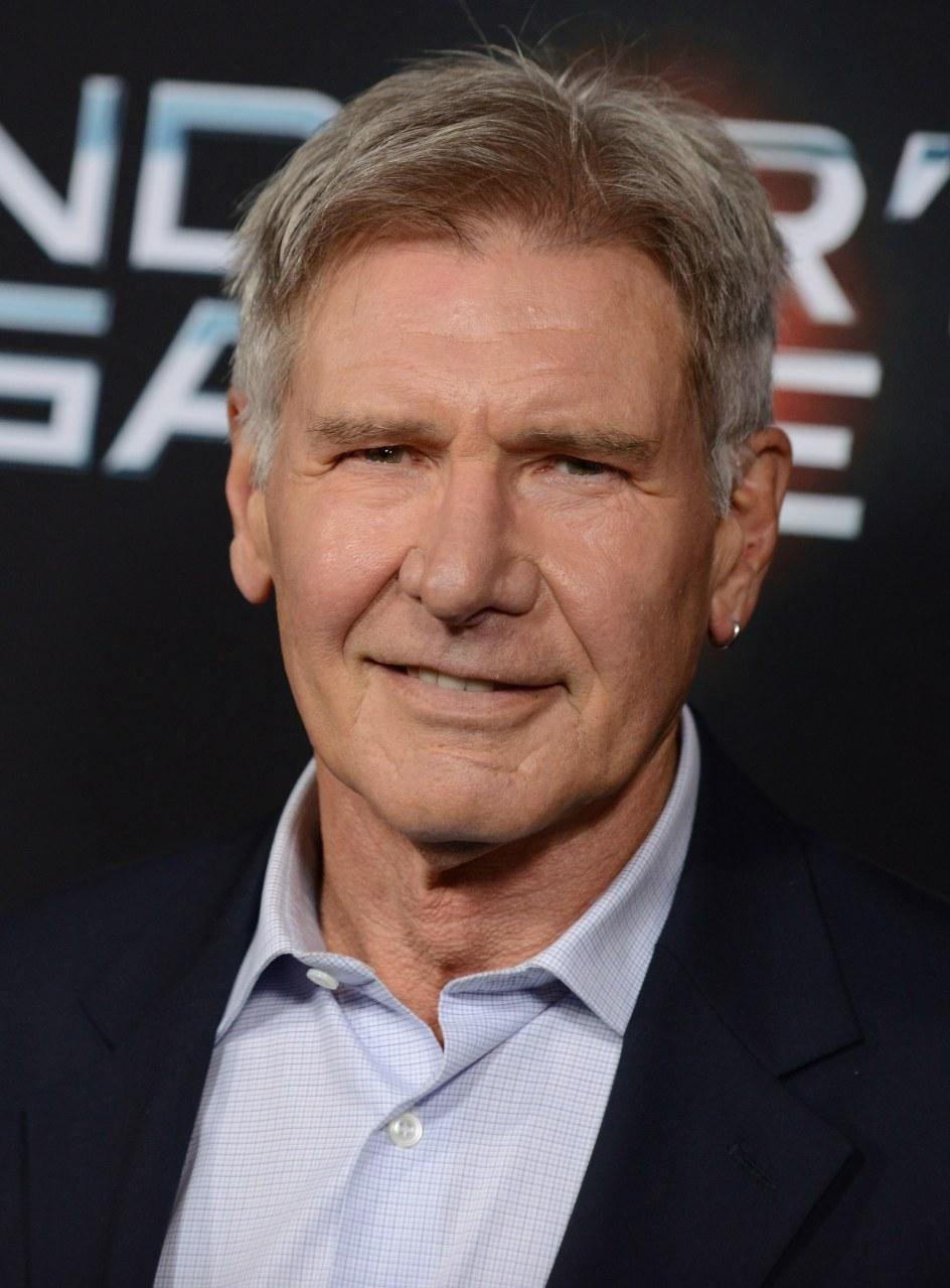 Harrison Ford lanza un...
