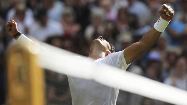 Nadal vuelve a ganar en Wimbledon