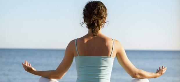 C mo empezar con el yoga for Meditacion paz interior