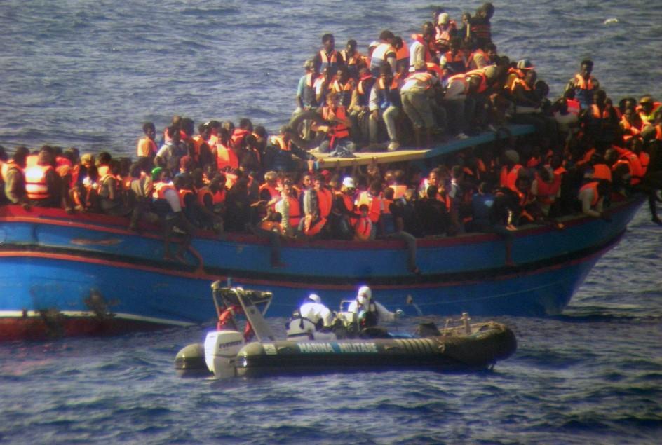 Rescate en la costa de Sicilia