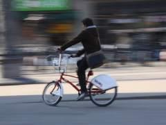 La Guardia Urbana investiga el presunto atropello de una mujer por parte de un ciclista