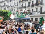 Homenaje a la selección de Argelia en su país