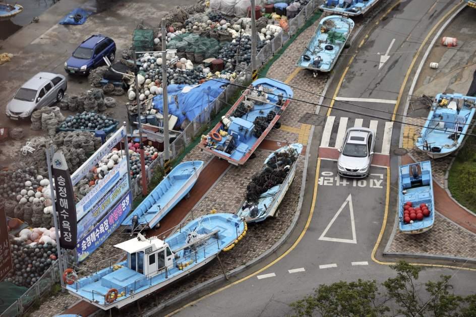El tifón 'Neoguri' se acerca a Corea