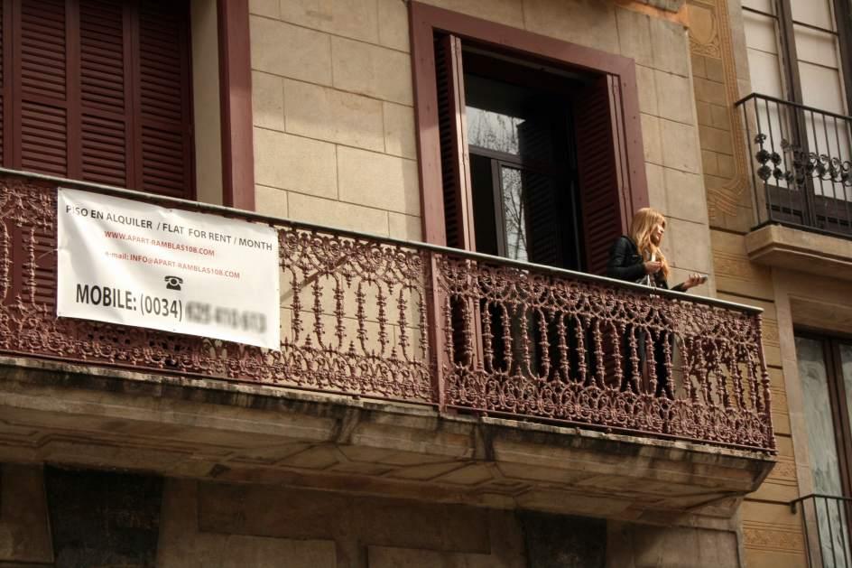 Cae una banda que cometi 237 estafas con falsos anuncios - Pisos turisticos barcelona ...