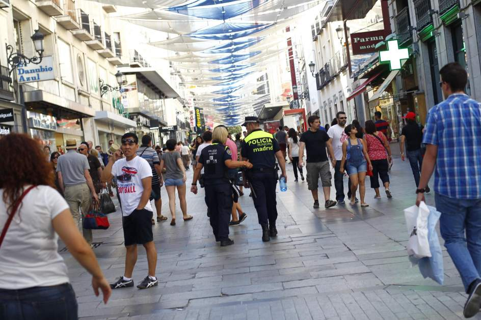 Preciados una de las calles de espa a m s caras para - H m calle orense madrid ...