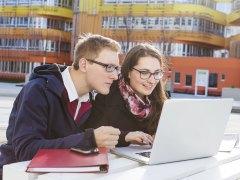 Un 25% de españoles llevan más de 10 años estudiando inglés