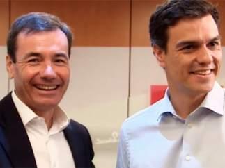 Pedro Sánchez recibe a Tomás Gómez