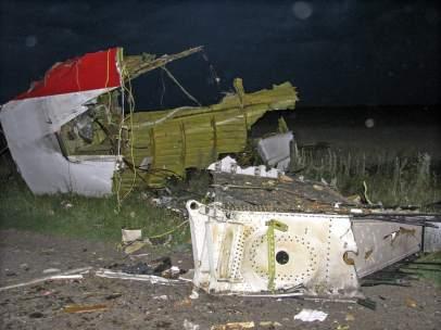 Restos del avi�n derribado en Ucrania
