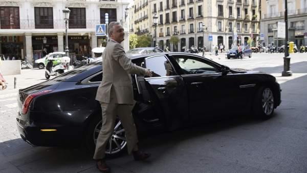 Simon Manley, embajador británico en Madrid
