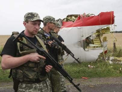 Avión estrellado en Ucrania