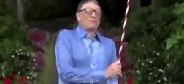 Bill Gates, Mark Zuckerberg, Tim Cook y Jeff Bezos se dan una ducha helada por la esclerosis