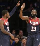 Kyrie Irving y James Harden