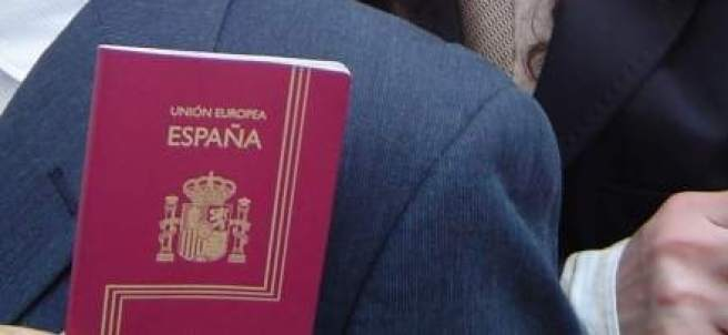 Dos pasaportes en una imagen de archivo