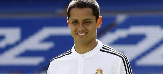 El Real Madrid presenta a Chicharito Hernández