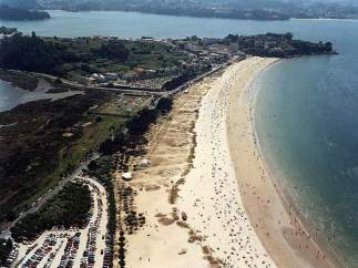 Playa grande de Mi�o.