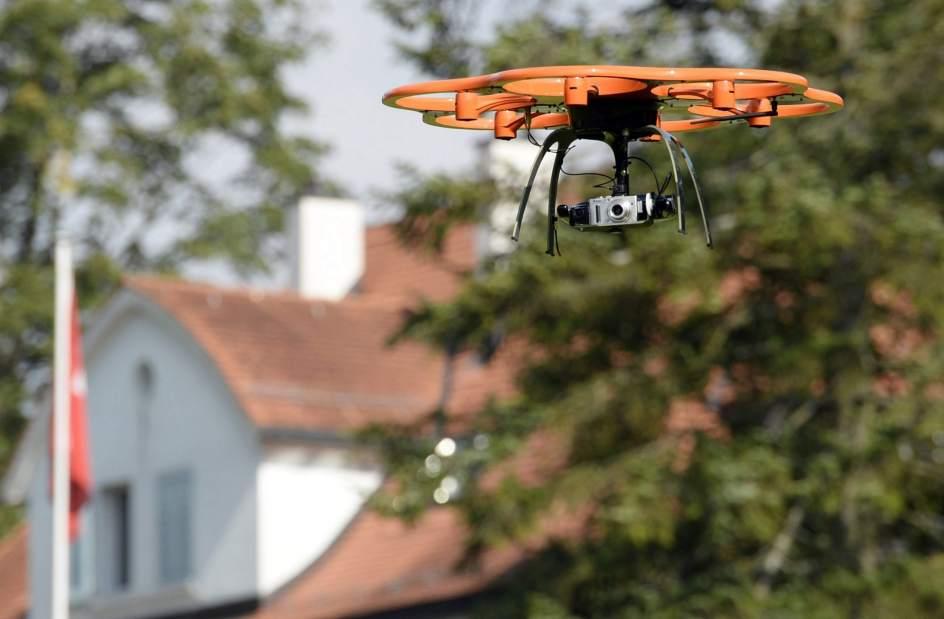La policía suiza empieza a usar drones