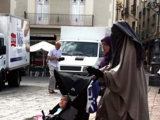 Una mujer con burka