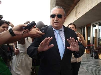 Carlos Fabra comparece ante la Audiencia Provincial de Castell�n