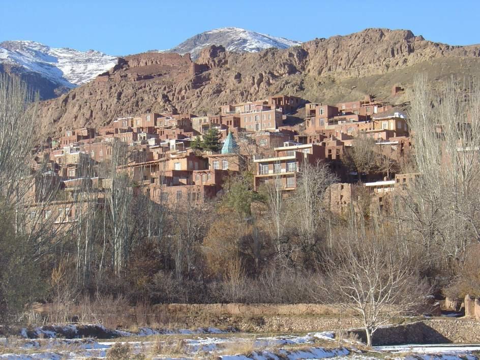 Abiané, el poblado iraní anclado en el pasado