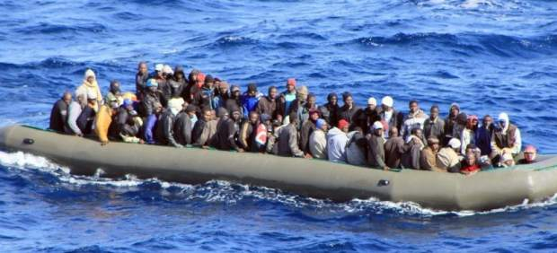 Una bebé de nueve meses llega sola a Lampedusa tras morir su madre en el Mediterráneo