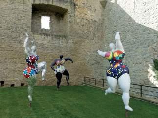 'Les Trois Gr�ces', 1995-2003