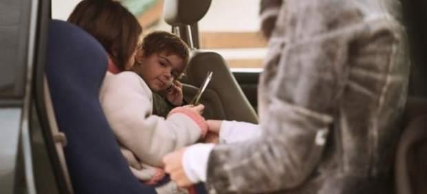 Retiran la silla infantil para el coche Dualfix por problemas de seguridad