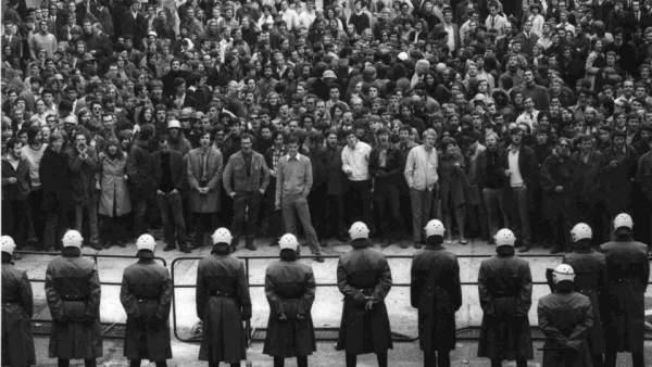 Estudiantes y obreros se enfrentaron a la Policía y al régimen burgués en la calle, las universidades y las fábricas.